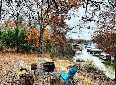 Waterfront home with boat dock, kayaks & fire pit
