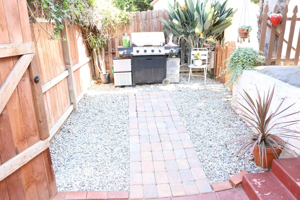 Private front patio with bbq (looking left of house).