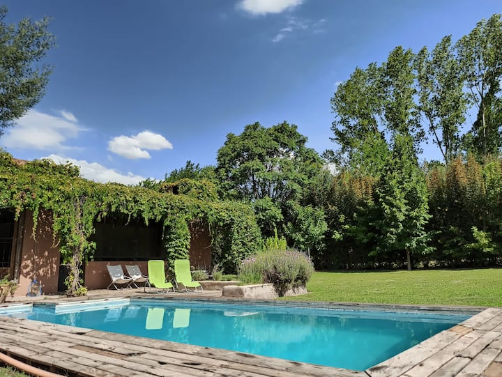Comfortable house near mountains in Chacras w/pool