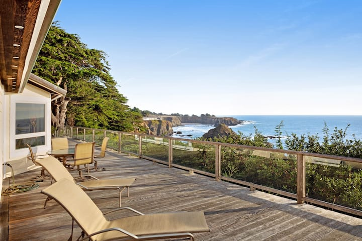 Oceanfront home with private hot tub, views, and close beach access