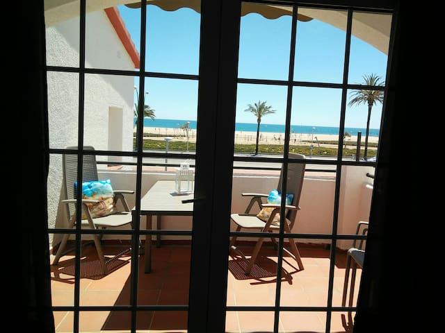 Luminoso piso 43m2, playa, parking, Wifi, piscina