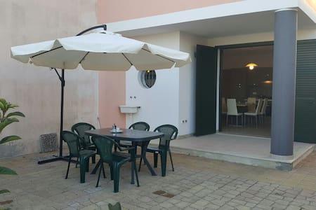 Eleganti appartamenti in residence a250mt spiaggia - Torre San Giovanni