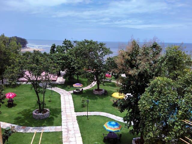 Hillrock , A Retreat Resort