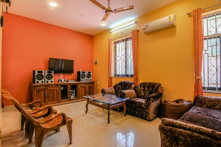 Comfortable 2 BHK apartment near Colva & Majorda 3