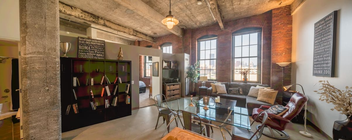 Amazing Loft w City Views in Award-Winning Bldg