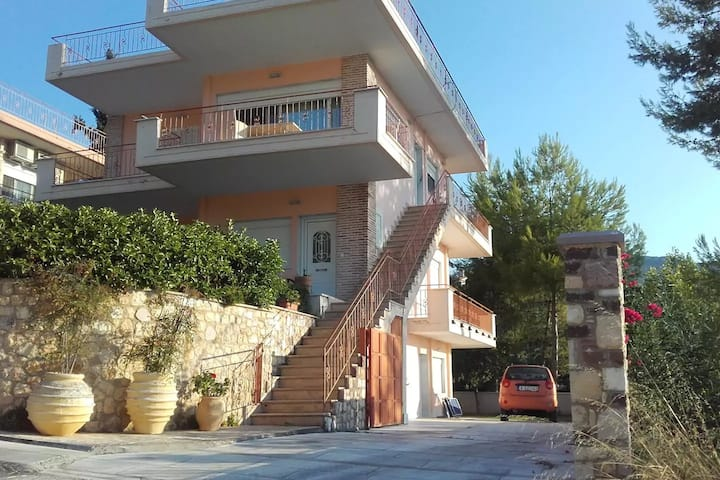Villa Kalypso 2, Garden & BBQ, Ground Floor