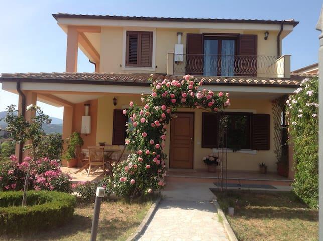 Casa Vacanze Bari Sardo Villa delle rose