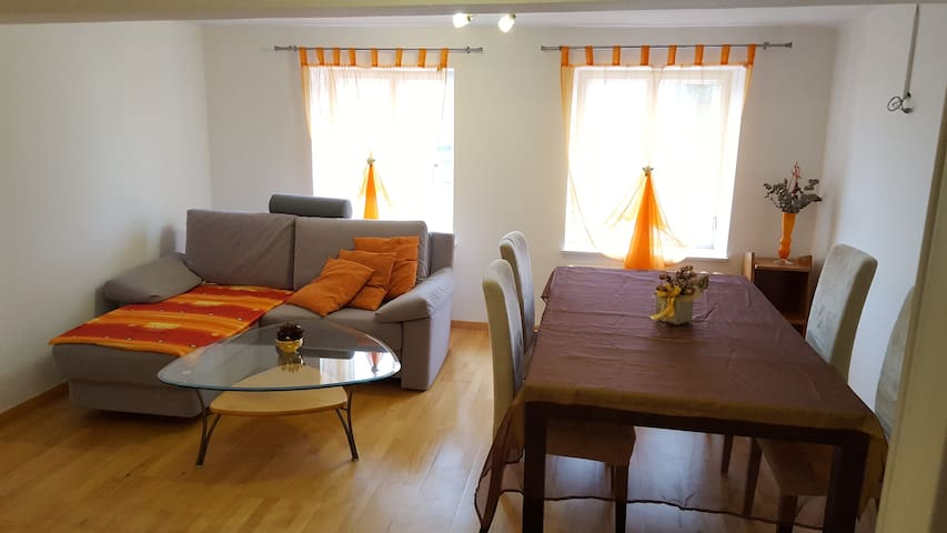Apartment in old town Hallein for 3 - Hallein - Byt