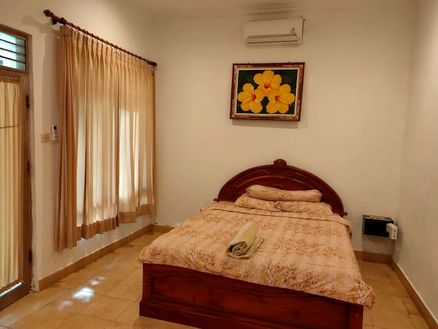 1 BR with Private Garden walk Padma Beach Legian