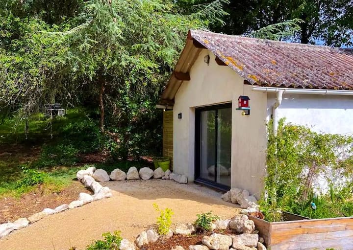 House with one bedroom in Chouzy sur Cisse, with enclosed garden and WiFi