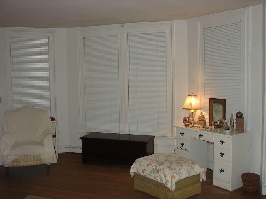Single Room 2 at the Leonard House