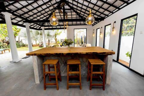 Mooie villa aan het strand - Lumi Villa