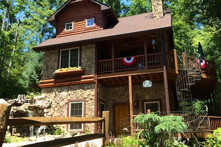 Lake Breeze Cabin at Watauga Lake - Батлер