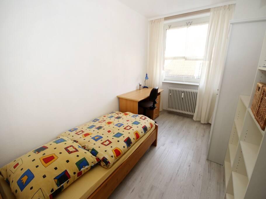 Schlafzimmer 2,bed room 2