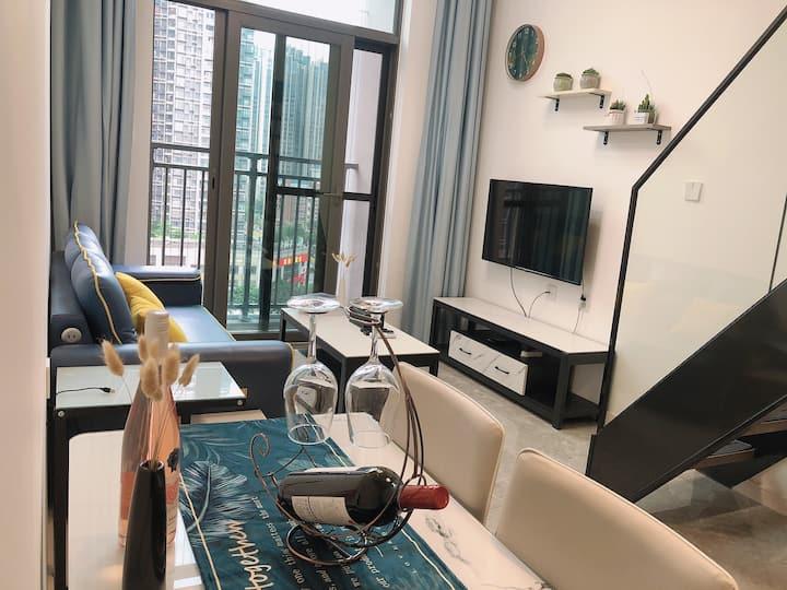 复式公寓loft|巨幕投影 / 万达宜家祖庙千灯湖度假区 / 广佛线金融高新区地铁站旁