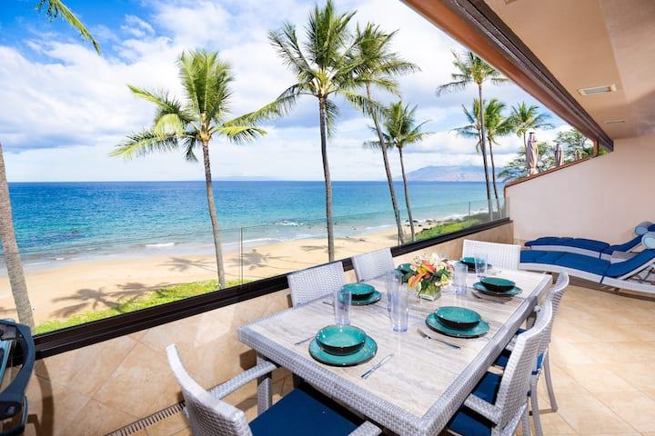 Makena Surf B302: Beachfront and Modern.