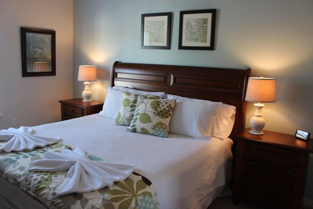Lamp, Art, Bed, Bedroom, Furniture