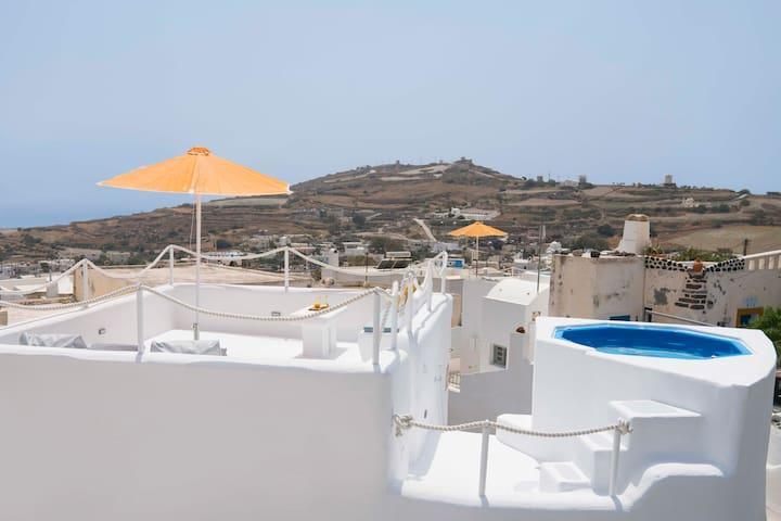 Santorini-treasures Lemon Villa traditional