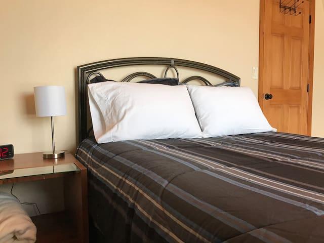 Amazing Mountain View Bedroom - Big Bear - Talo