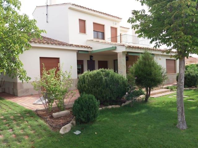 """Golf en Albacete. A 5 km de """"Golf las Pinaillas"""""""