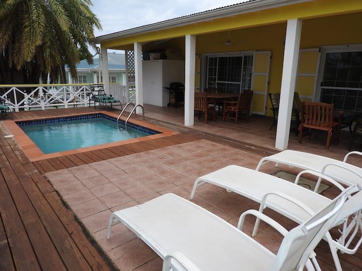 Spring Villa - Beautiful villa with private pool