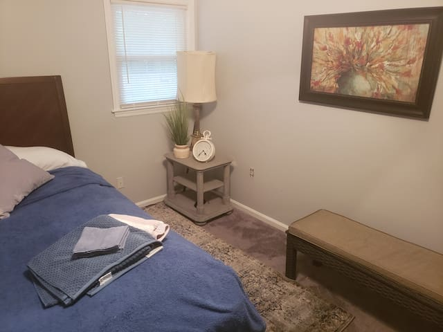 Travel Professionals Room, Monthly Rental