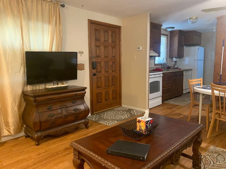 2 Beds  1 Bath  Quiet Home in the Yuma Foothills
