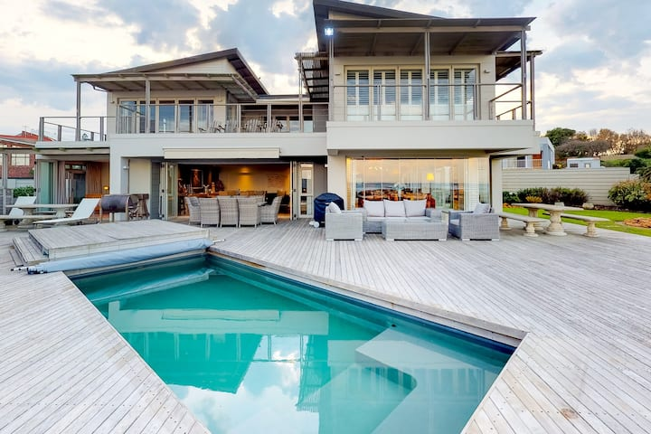 Stylish, oceanfront home w/ private pool, patio & beach access