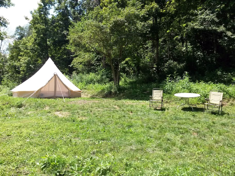 In addition to a beautiful tent, chairs and tables are provided,  - no worries, no schedules, no traffic, just the noise of the night and peace and quiet.