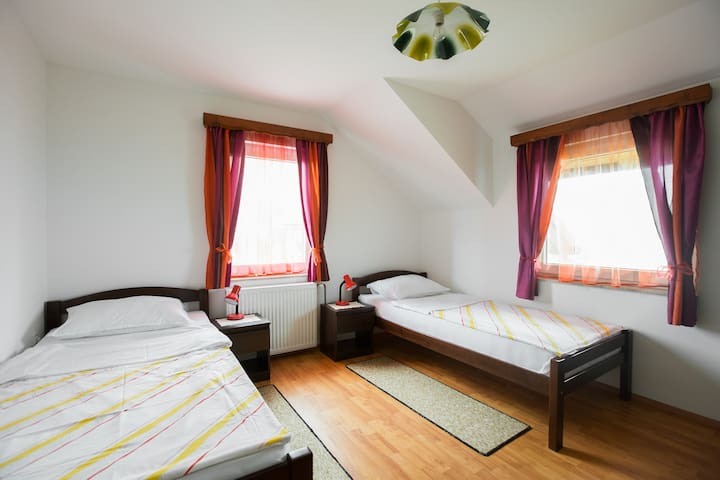 "The ""Sunset"" apartment Sumrak*** - Bizeljsko - Appartamento"