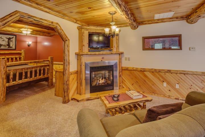 Deluxe Lodge Suite 203