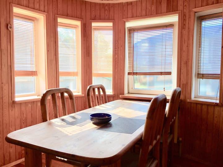 Уютный дом у моря, ждёт своих гостей!