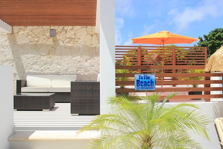 G31 Golf House, Private Rooftop with Jacuzzi - Akumal