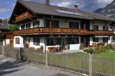 Haus Zugspitzland Fewo Dreitorspitz - Farchant