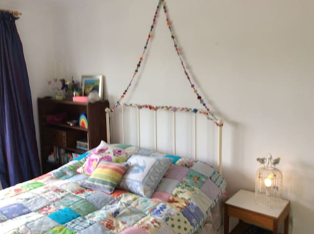 Gorgeous light and airy double room!