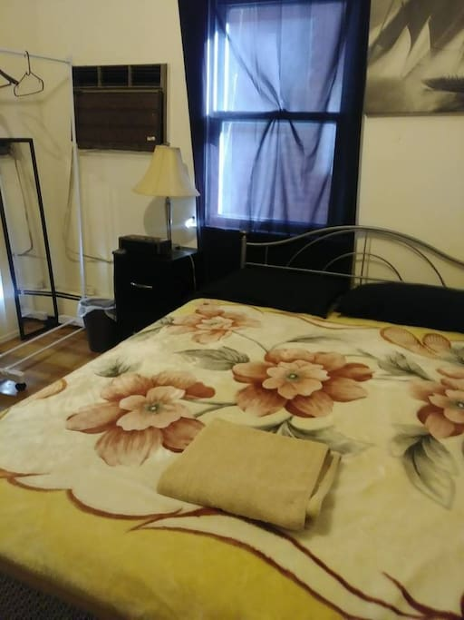 Cheap Queen Size Bedroom 10 Min To Jfk Mall Houses For Rent In Queens New York United States