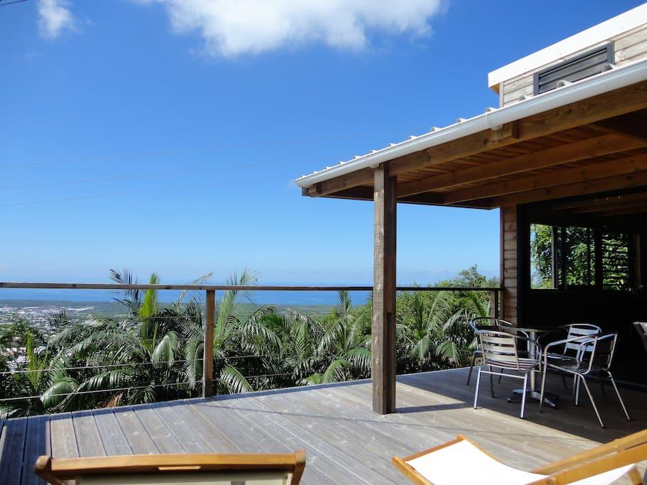Terrasse spacieuse et panoramique