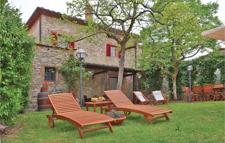 Holiday cottage with 3 bedrooms on 110 m² in Gaiole in Chianti SI
