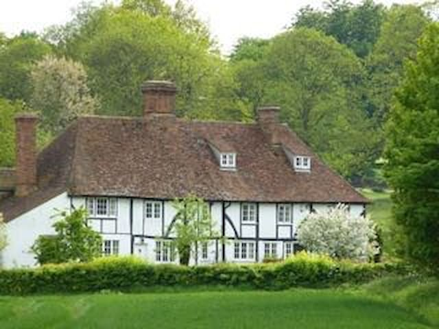 Heron Manor: small studio (steep stairs to access) - Chilham