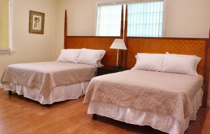 Eden Manor Deluxe Double Room 1 en Suite