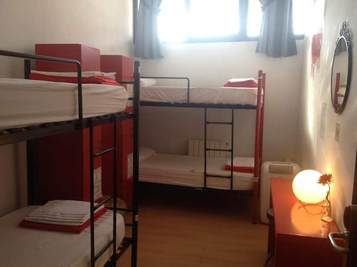 Bilbao Akelarre, hostel low cost for 4 people!