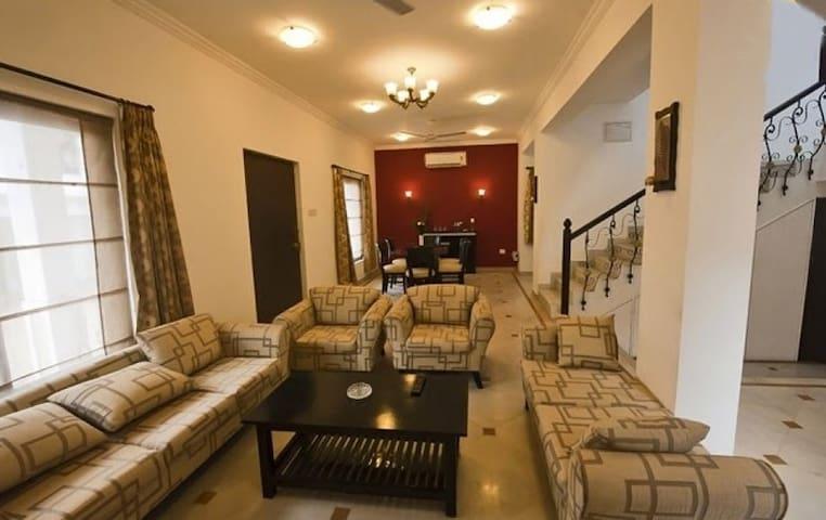 Villa Parth Luxurious 3 BHK Villa Saligao - Saligao - Vila