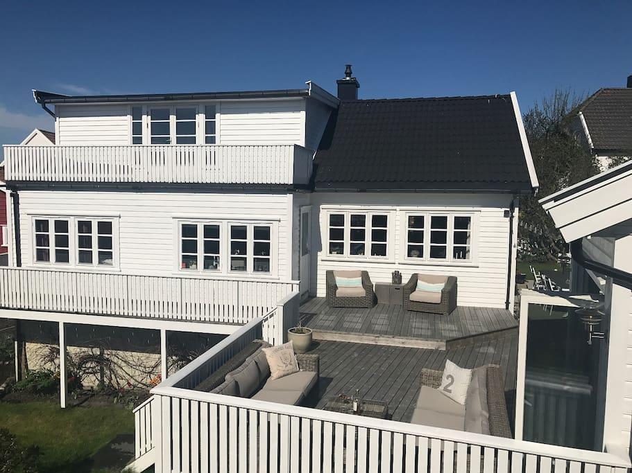 Terrasse og hage