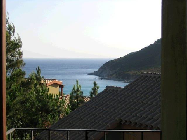 Villetta indipendente con vista panoramica - Villasimius - Villa