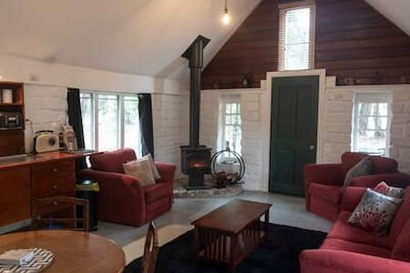Isn't it time you stayed in the Dam Cottage?