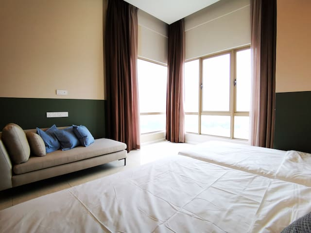 ♕Studio Suites♕ by COBNB w Royal Palace View#DH102