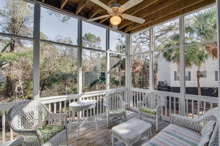 Beautiful 5 Bedroom 4 Bath Home - Edisto Island - Other