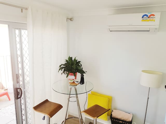 ♥Aircon Mini Studio♥ Private kitchen&bathroom