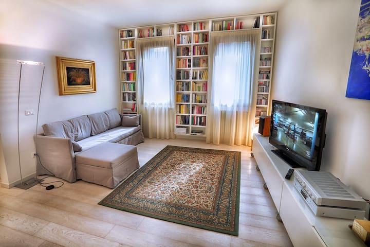Charming apartment near Biennale