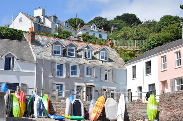 No1 The Cleave fabulous cottage on the beach